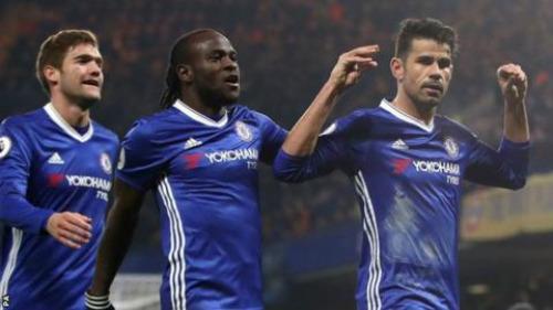 """Cả làng Premier League đang tự """"đầu hàng"""" Chelsea"""