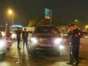Tin tức trong ngày - Chấm dứt hợp đồng lao động với tài xế xe biển xanh đánh cảnh sát