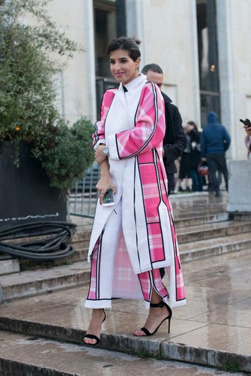 Không phải công nương Anh, vợ hoàng tử Dubai mới sành điệu nhất - 7
