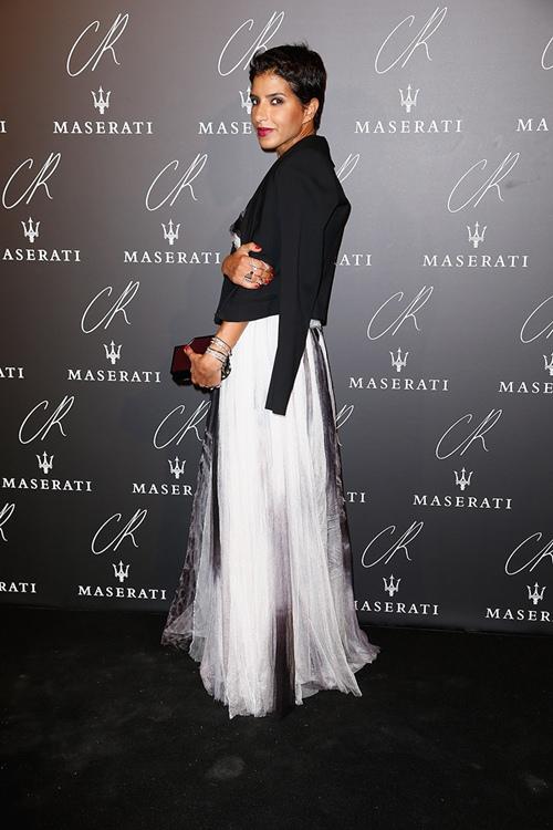 Không phải công nương Anh, vợ hoàng tử Dubai mới sành điệu nhất - 11