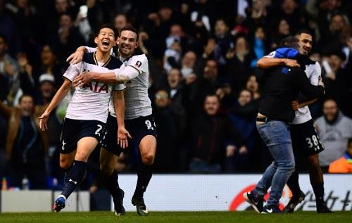 Tottenham - Wycombe: Giấc mơ sụp đổ phút 90+7 - 2