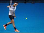 """Thể thao - Gặp Nadal, Federer """"xuất chiêu"""" đánh trái tay khó cản"""