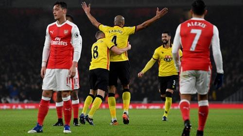 Arsenal và giấc mơ Ngoại hạng chôn vùi: Vì đâu nên nỗi