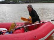 Người đàn ông hơn 30 năm  rong chơi  dưới đáy Biển Hồ