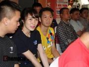 Thể thao - Vợ chồng Tiến Minh đấu cao thủ cầu lông thế giới tại TP.HCM