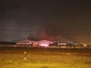 Tin tức trong ngày - Cháy lớn ở nhà xưởng Công ty CP Ô tô Trường Hải