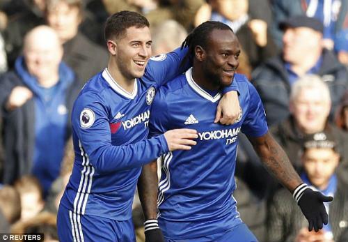 """Tiết lộ: Hazard và Chelsea tha không """"hạ nhục"""" Arsenal"""