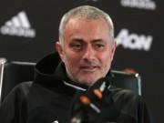 """Bóng đá - MU thắng đậm, Mourinho """"ngứa mắt"""" vì Chelsea & Conte"""