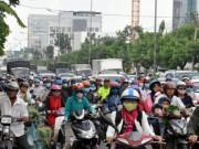 """Tin tức trong ngày - """"Biển người"""" trên phố Sài Gòn trong ngày vía Thần Tài"""