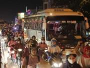 Tin tức trong ngày - Giải pháp táo bạo gỡ kẹt xe Tân Sơn Nhất