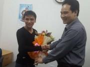 Tin tức trong ngày - Chàng thanh niên một mình đạp xe xuyên Việt để hiến tạng