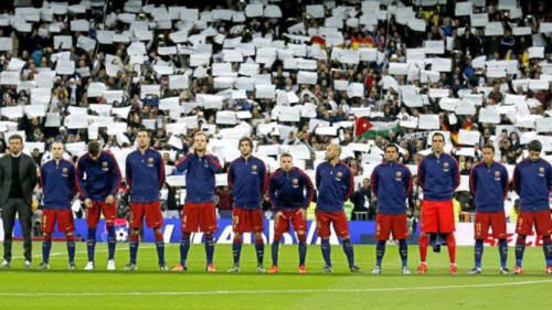 Trêu tức Real, Barca đòi đá CK cúp Nhà Vua ở Bernabeu