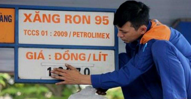 Tăng kịch khung thuế BVMT vào giá xăng: Bộ Tài chính chưa quyết định gì cả! - 1