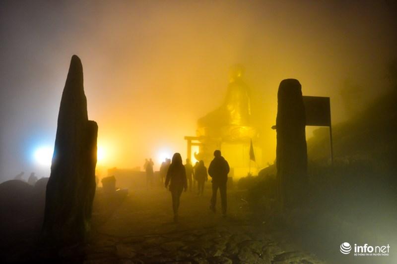 Cận cảnh tượng phật hoàng lớn nhất vn trên núi yên tử - 10