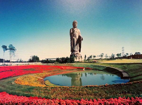 Chiêm bái tượng Phật bằng đồng lớn nhất thế giới ở Nhật Bản-16