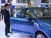 Thị trường - Tiêu dùng - Giá ô tô nhập khẩu giảm đến hơn 200 triệu đồng/chiếc