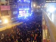 Clip: Toàn cảnh lễ cầu an đông nghịt người ở chùa Phúc Khánh