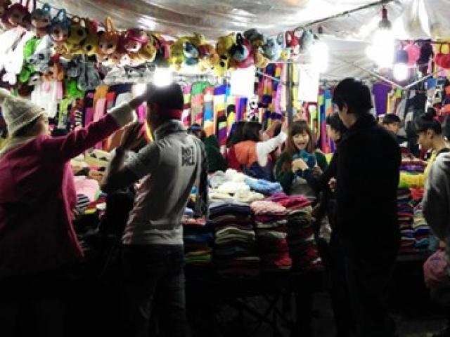 Đi chợ Âm phủ xứ hoa Đà Lạt