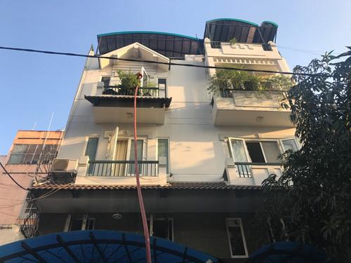 Cháy nhà rằm tháng Giêng, 5 người gào khóc cầu cứu