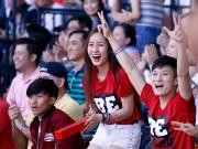 """Thể thao - Người đẹp vượt ngàn km """"tiếp lửa"""" Saigon Heat thắng trận"""