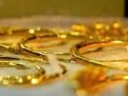 Tài chính - Bất động sản - Giá vàng hôm nay 13/2: Giá vàng bất ngờ giảm, tỷ giá trung tâm tăng mạnh