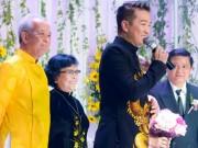 Ca nhạc - MTV - Mr Đàm xuất hiện cùng mẹ trong lễ cưới của em gái