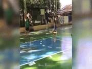 """Video Clip Cười - Clip hài: Chơi bóng rổ đi giày cao gót mới """"độc"""""""