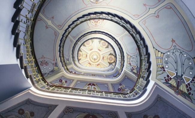Các thiết kế kiến trúc của bảo tàng Nouveau là sự kết hợp của phong cách Đông Âu và Bắc Âu, mang lại cho du khách một trải nghiệm mới lạ.