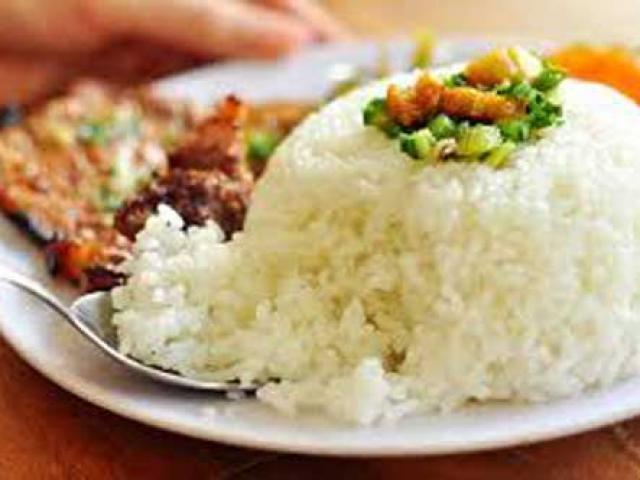 Những sai lầm chết người khi ăn cơm nhiều người mắc phải