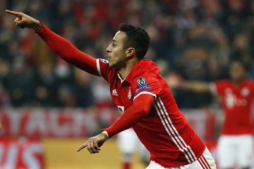 """Thua Bayern, Arsenal bị báo giới """"vùi dập"""" tơi tả - 3"""