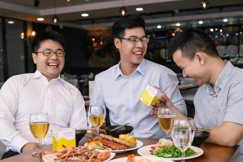 Làm ngay 6 điều sau để bảo vệ sức khỏe khi uống rượu bia - ảnh 2