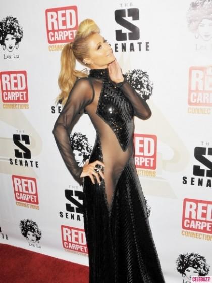 """Paris Hilton có lúc cũng diện những bộ cánh """"không xứng tầm"""" - 8"""