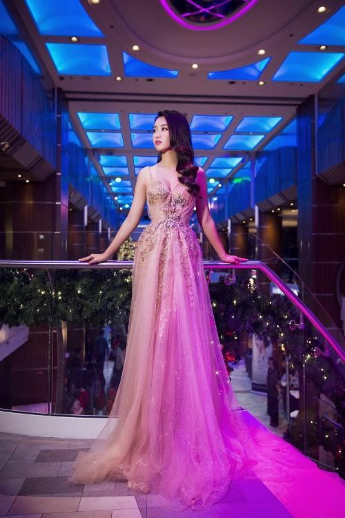 Mỹ Linh, Thanh Tú đẹp tựa nữ thần với váy đầm lộng lẫy - 3