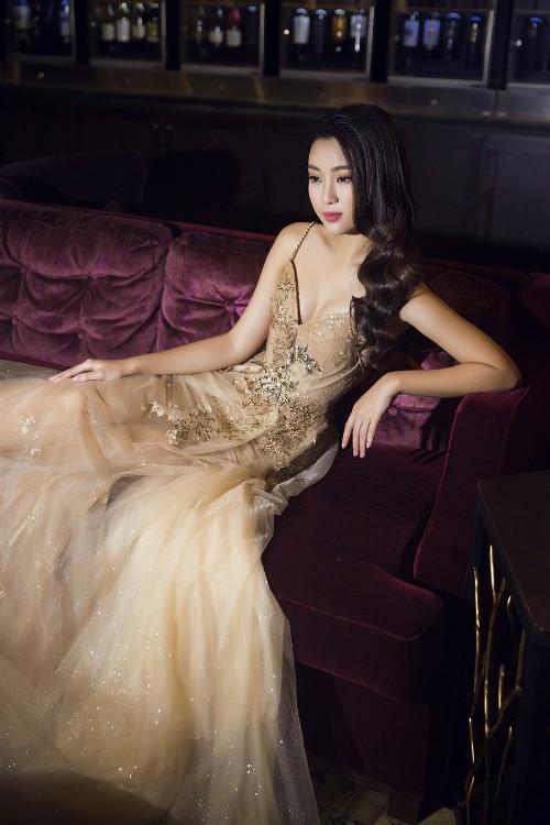 Mỹ Linh, Thanh Tú đẹp tựa nữ thần với váy đầm lộng lẫy - 6