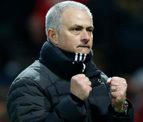 """MU: """"Trói"""" Mourinho 5 năm, cấp cho 1 tỷ bảng"""