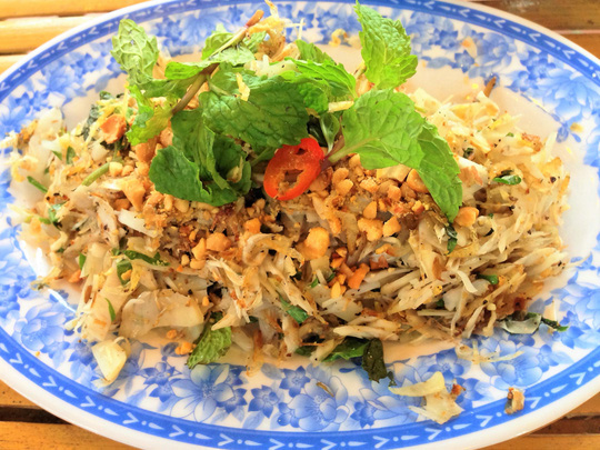 """Những món ăn xứ Quảng """"nhìn phát thèm"""" ở Sài Gòn - 3"""