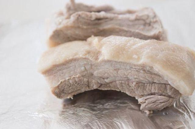 Sai lầm thường gặp khi chế biến thịt gây hại sức khỏe - 3