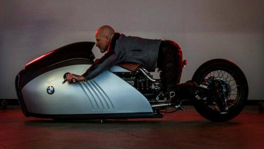 Mê mẩn BMW K75 độ như phim viễn tưởng