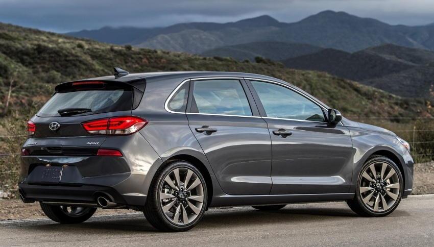 Hyundai ra mắt Elantra GT 2018 - 2