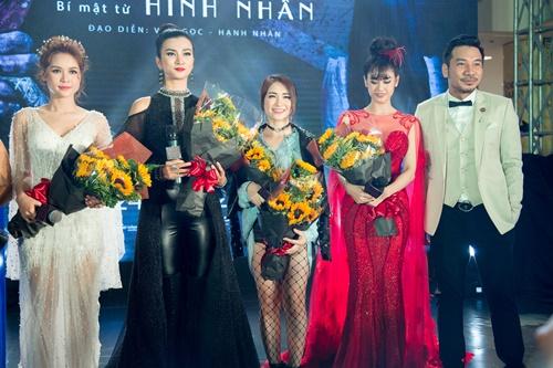 Vợ chồng Trương Quỳnh Anh tình tứ, dập tan tin đồn rạn nứt - 4