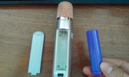 Micro kiêm loa di động: Coi chừng… banh miệng! - 1