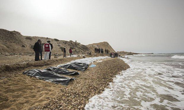 Xác 74 người bí ẩn dạt bờ biển Libya - 3