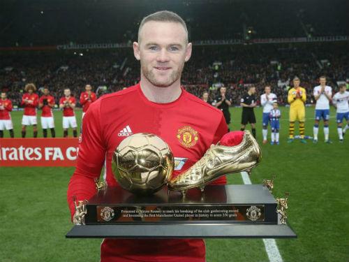MU có thể chia tay Rooney: Cẩn thận sai lầm lớn - 1