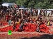 Du lịch - Thả ga ném 100 tấn cà chua trong lễ hội đỏ nhất Chile