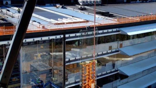 """Video mới nhất về trụ sở """"phi thuyền"""" 5 tỉ USD của Apple"""