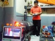 """Niềm đam mê chế tạo tàu ngầm không người lái của gã  """" gàn """"  xứ Huế"""