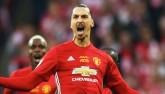 MU vô địch League Cup: Ibra thay Rooney làm đội trưởng