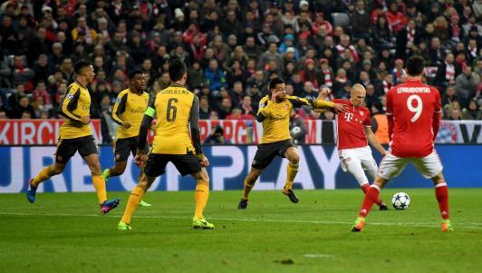 Trung Quốc mời Wenger: 30 triệu bảng/năm, lương như Tevez