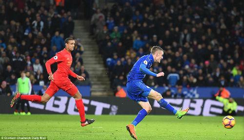 "Tiêu điểm vòng 26 NHA: Chelsea bứt tốc, Leicester lộ ""cừu đen"" - 3"
