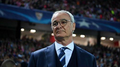 """Giành cúp & """"ra đường"""": Ranieri đau 1, Van Gaal đau 10"""